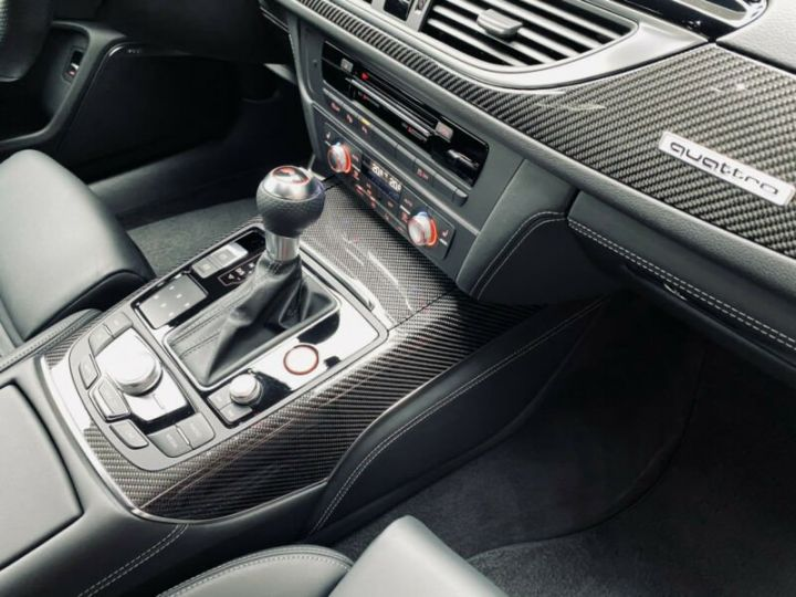 Audi RS6 Audi RS6 Quattro V8 4.0 TFSI rouge - 13