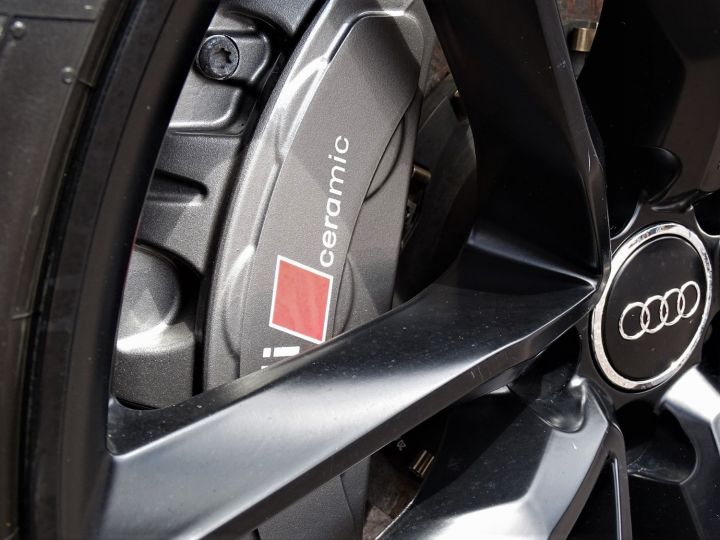 Audi RS6 AVANT QUATTRO 560 CV Noir Metal - 13
