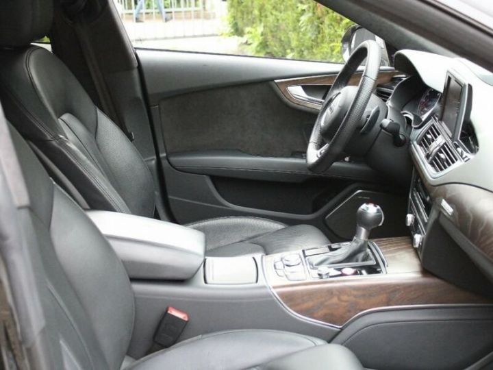 Audi RS7 Noir métallisée  - 5