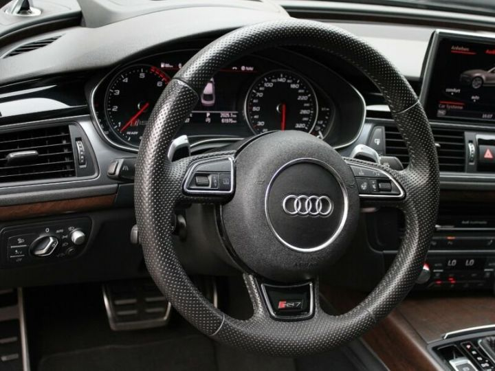 Audi RS7 Noir métallisée  - 8