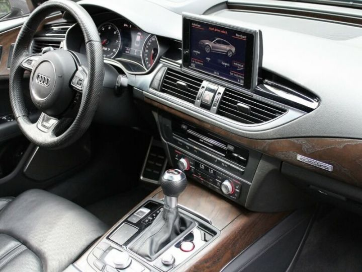 Audi RS7 Noir métallisée  - 9