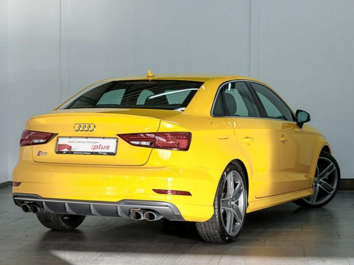 Audi S3 S3 Berline 2.0 TFSI Quattro jaune Vegas - 2