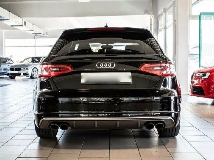 Audi S3 SPORTBACK 2.0 TFSI 300 QUATTRO Noir Mythos métallisé - 4