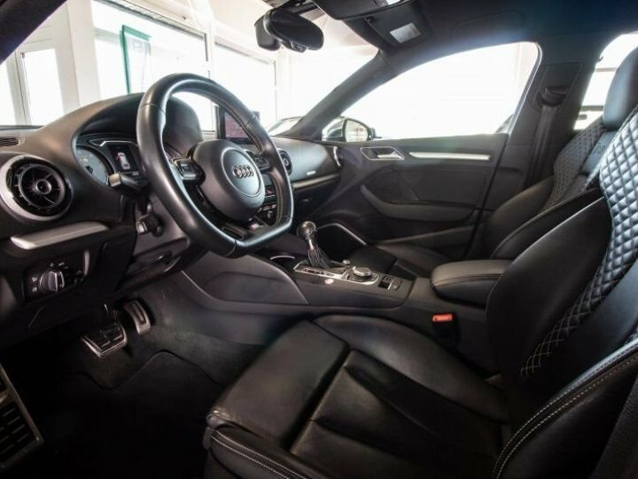 Audi S3 SPORTBACK 2.0 TFSI 300 QUATTRO Noir Mythos métallisé - 8