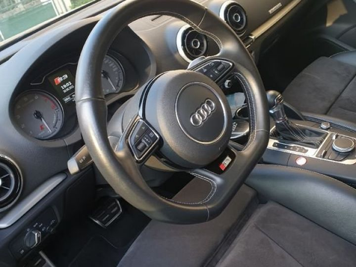 Audi S3 SPORTBACK 300ch / Toit Ouvrant / Keyless / Meplat / Sièges sport / Origine Française Noir métallisée  - 4