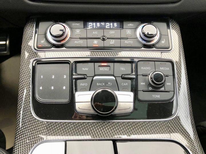 Audi S8 Noir nacre - 12