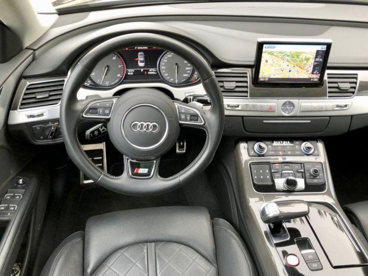 Audi S8 Noir nacre - 13