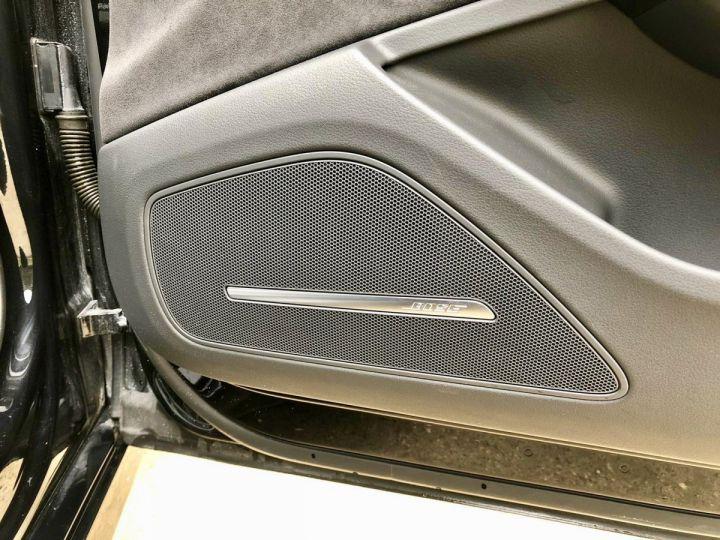 Audi S8 Noir nacre - 14