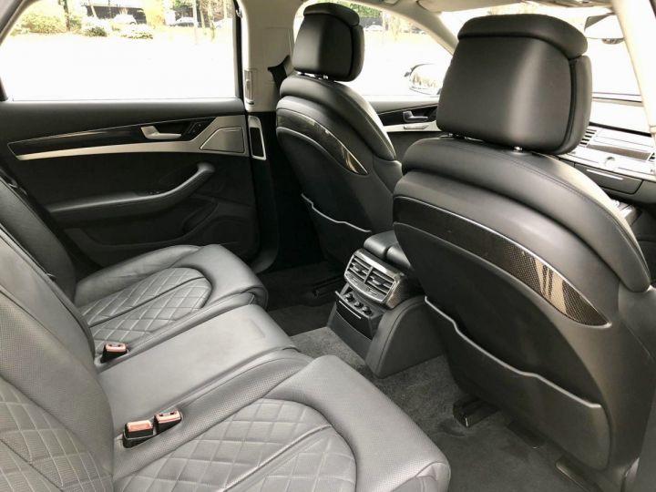Audi S8 Noir nacre - 16