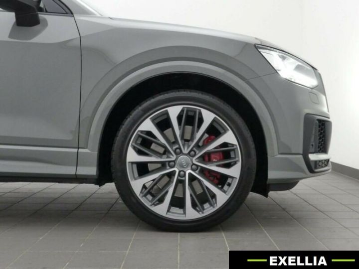 Audi SQ2 2.0 TFSI  GRIS PEINTURE METALISE  Occasion - 1