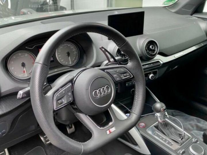 Audi SQ2 Audi SQ2 2.0L TFSI 300 CH GPS/Siges Recaro gris foncé - 2