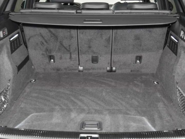 Audi SQ5 gris manhattan - 8