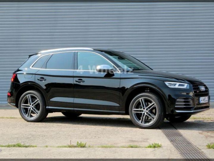 Audi SQ5 noire - 1