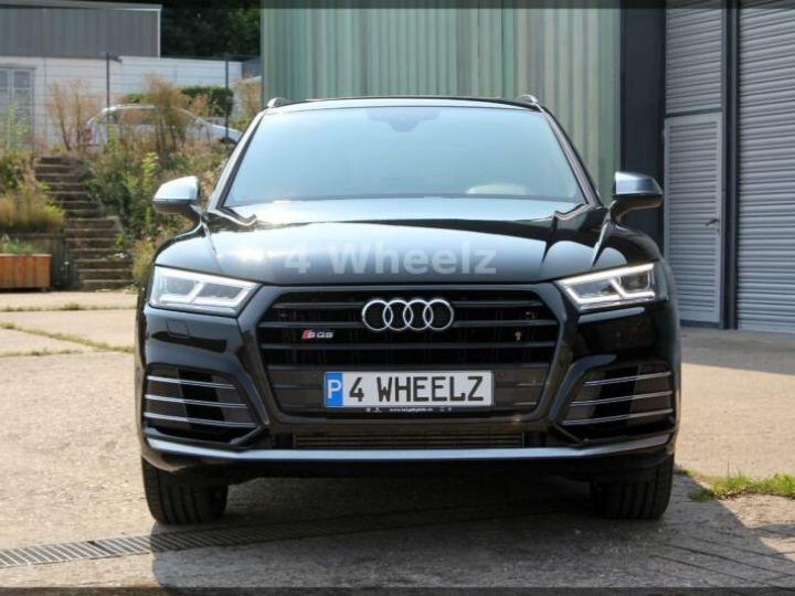 Audi SQ5 noire - 2
