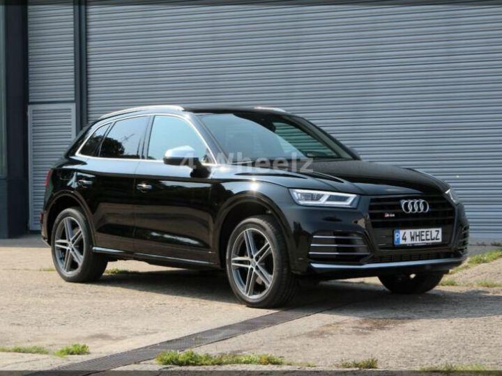 Audi SQ5 noire - 3