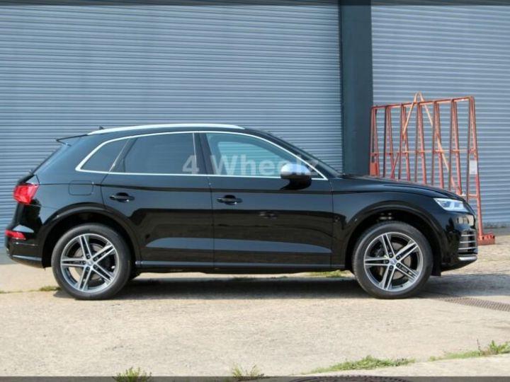 Audi SQ5 noire - 4