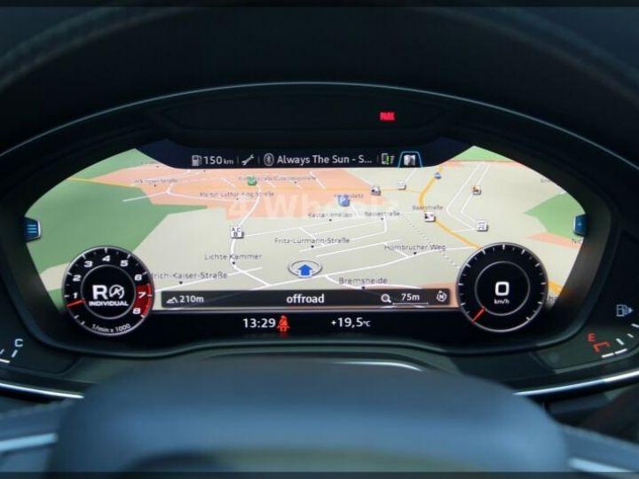 Audi SQ5 noire - 15