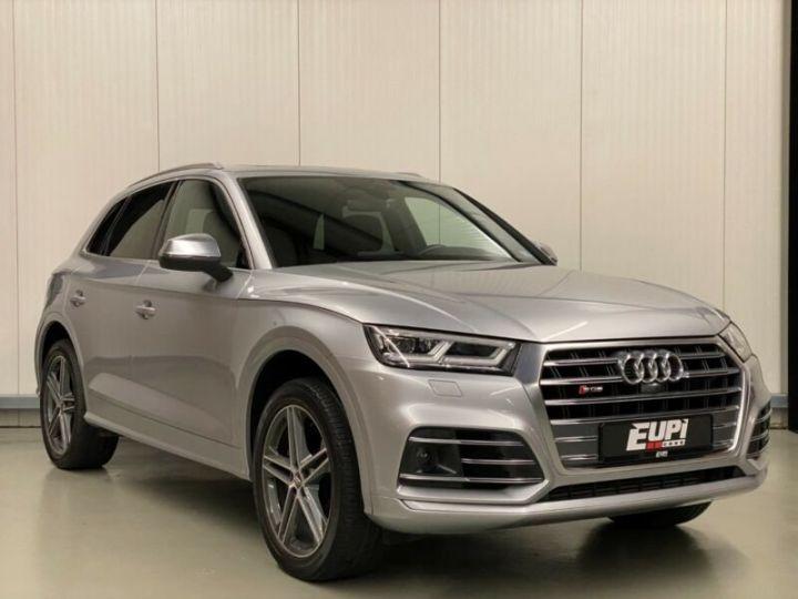 Audi SQ5 gris - 1