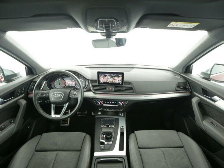 Audi SQ5 rouge - 4