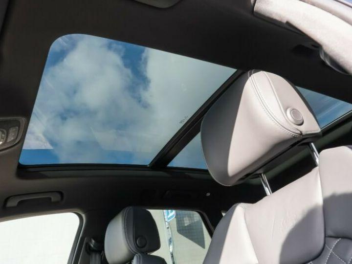 Audi SQ5 noir - 18