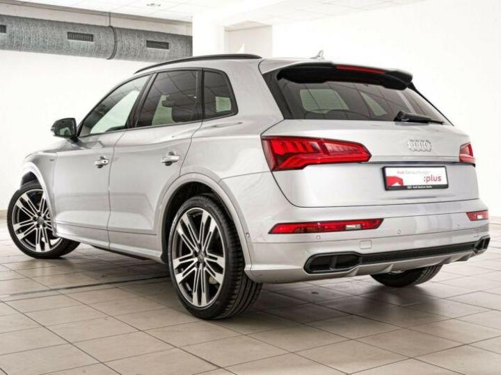 Audi SQ5 gris metallisé - 6
