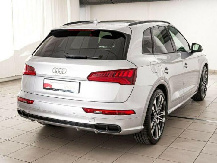 Audi SQ5 gris metallisé - 8