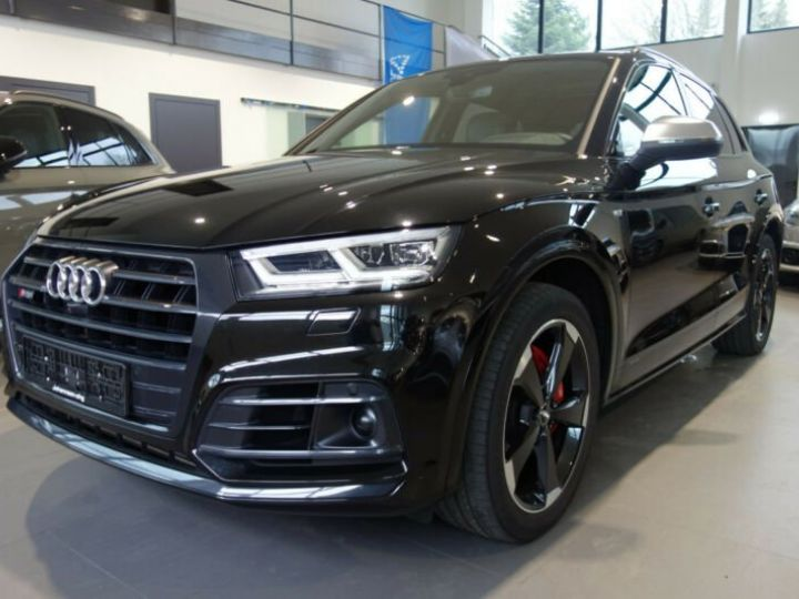 Audi SQ5 noir mythos - 1