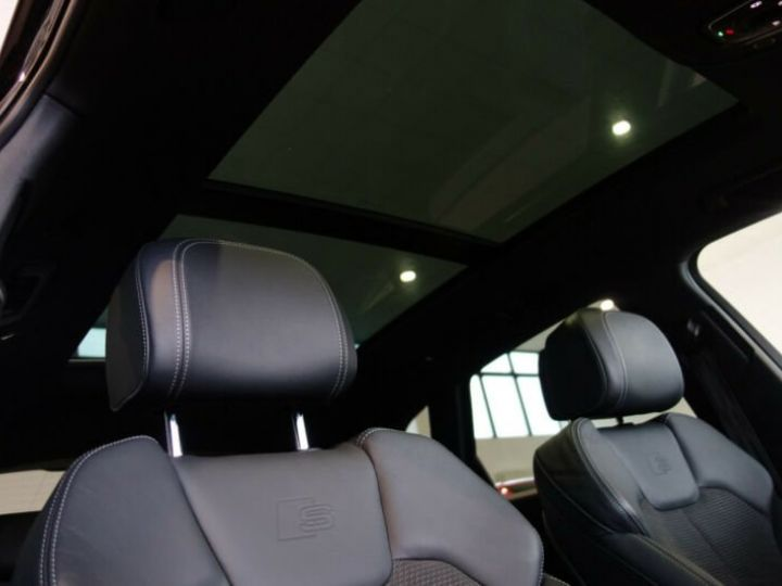 Audi SQ5 noir mythos - 8