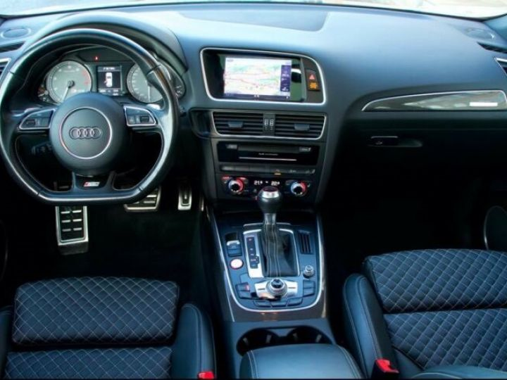 Audi SQ5 #  3.0 TFSI-1, Toit Pano # Gris Peinture métallisée - 12