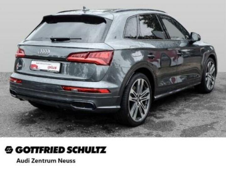 Audi SQ5 Audi SQ5 3.0 TDI quattro GPS / CLIM/ Phare LED MATRIX/ Toit PANO / Garantie 12 mois  Gris métallisée  - 2