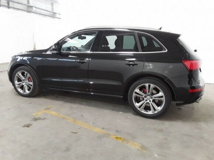 Audi SQ5 competition noir - 6