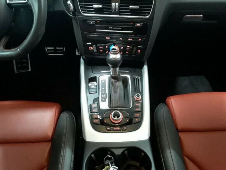 Audi SQ5 competition noir - 10