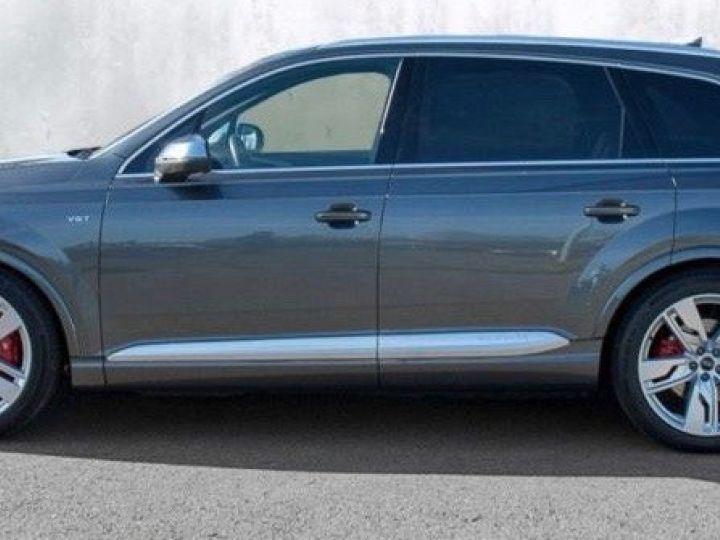 Audi SQ7 gris Daytona - 2