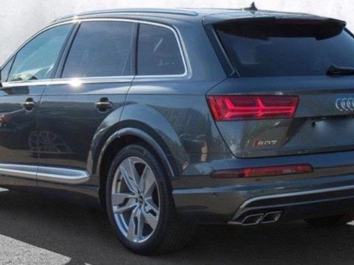 Audi SQ7 gris Daytona - 3