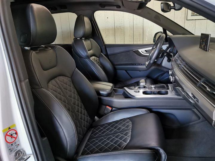 Audi SQ7 4.0 TDI 435 CV DERIV VP Gris - 12