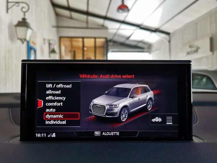 Audi SQ7 4.0 TDI 435 CV DERIV VP Gris - 15
