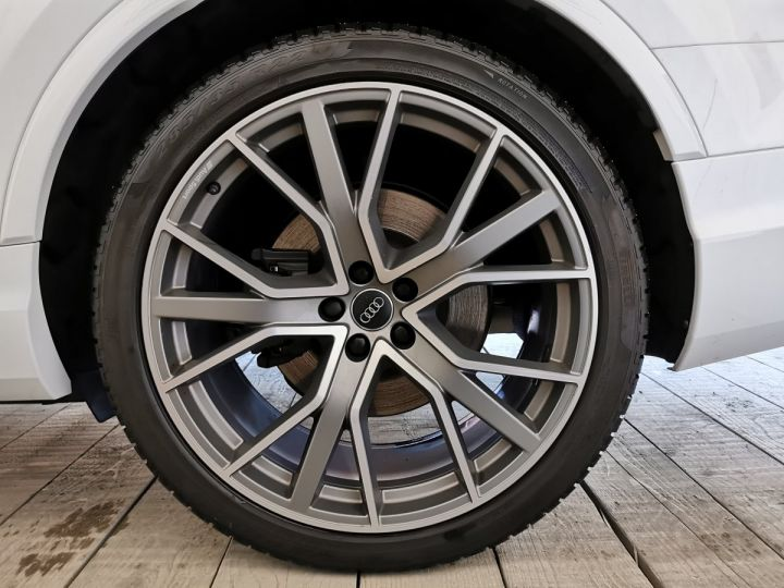 Audi SQ7 4.0 TDI 435 CV DERIV VP Gris - 18