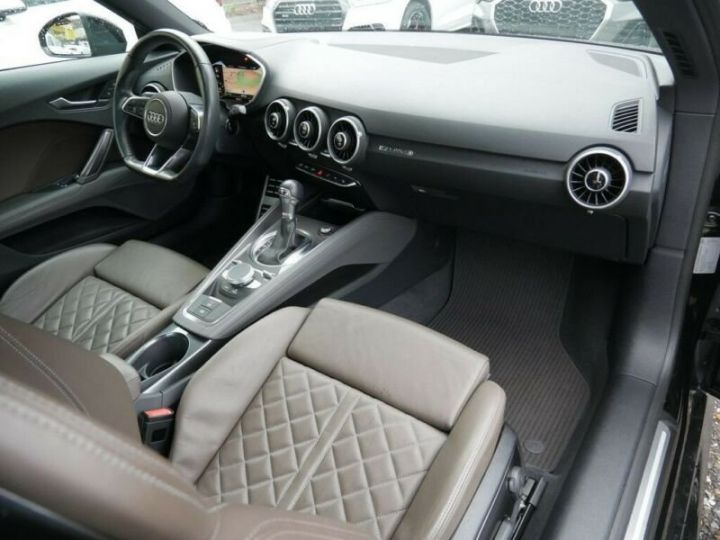 Audi TT noire - 12