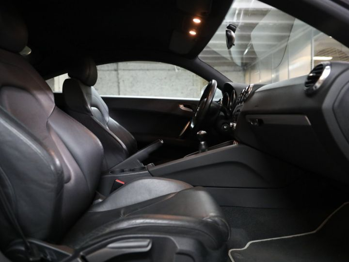 Audi TT AUDI TT COUPE 2.0 TFSI 200cv SUIVI AUDI Gris - 25