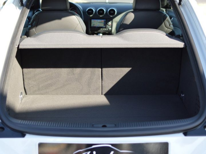 Audi TT Magnifique Audi TT SLINE QUATTRO MK2 2.0 TDI 170ch STRONIC véritable 1ère main full histo. AUDI BLANC GLACIER - 17