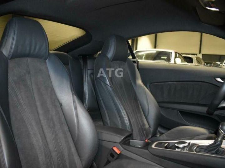 Audi TT quattro S-line rouge metallisé  - 11