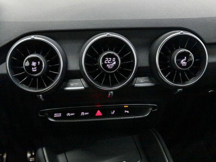 Audi TT s-line noire - 11