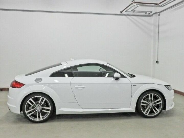 Audi TT SLINE blanc  - 9