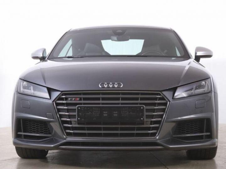 Audi TTS gris  - 2