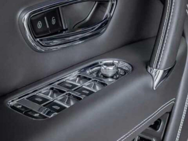 Bentley Bentayga HYBRID silber Moobeam - 9