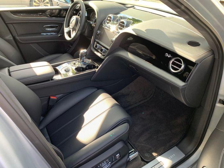 Bentley Bentayga HYBRID silber Moobeam - 3