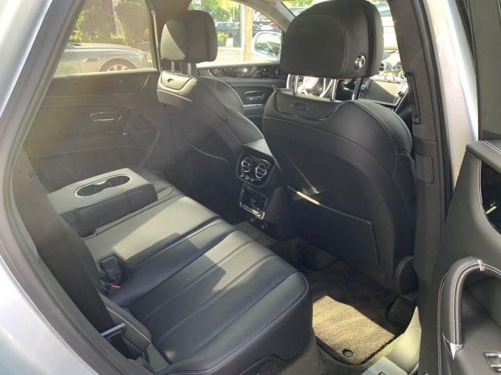 Bentley Bentayga HYBRID silber Moobeam - 4