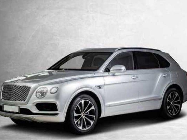 Bentley Bentayga HYBRID silber Moobeam - 16