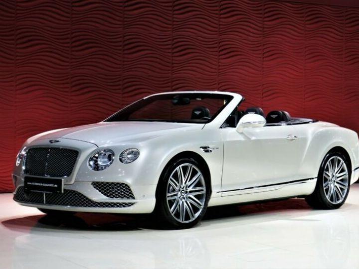 Bentley Continental GT Bentley Continental GT 4.0 V8 * CLIMAT DE SIEGE * SUSPENSION PNEUMATIQUE * 21 GARANTIE 12 MOIS Blanc - 2