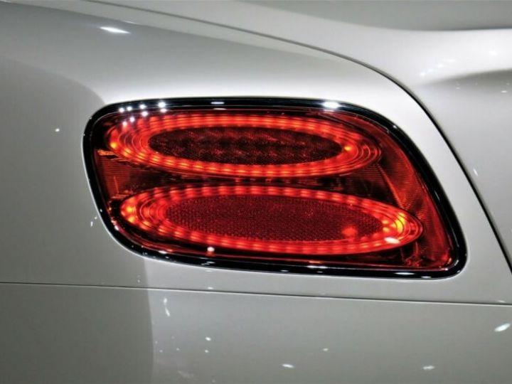 Bentley Continental GT Bentley Continental GT 4.0 V8 * CLIMAT DE SIEGE * SUSPENSION PNEUMATIQUE * 21 GARANTIE 12 MOIS Blanc - 14